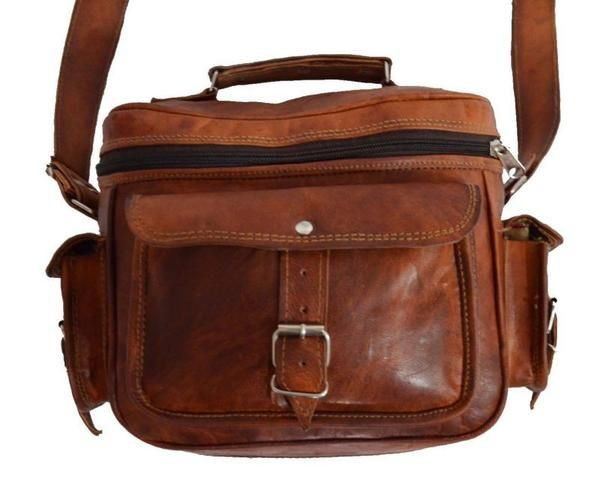 This HIGH ON LEATHER DSLR camera bag is perfect for any camera lover and would make you feel proud of your camera wherever you carry it. Free Shipping Worldwide.