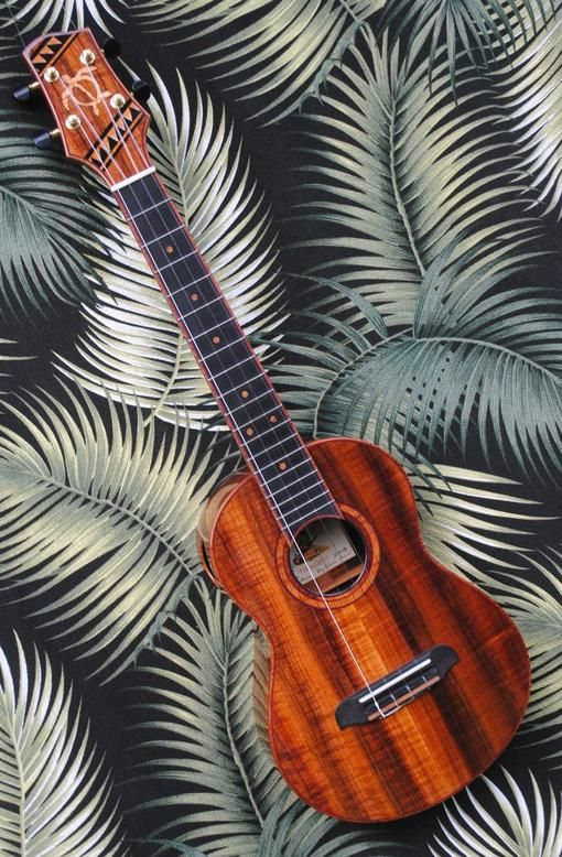 Moore Bettah Honu Tenor Ukulele Cool ukulele, Tenor