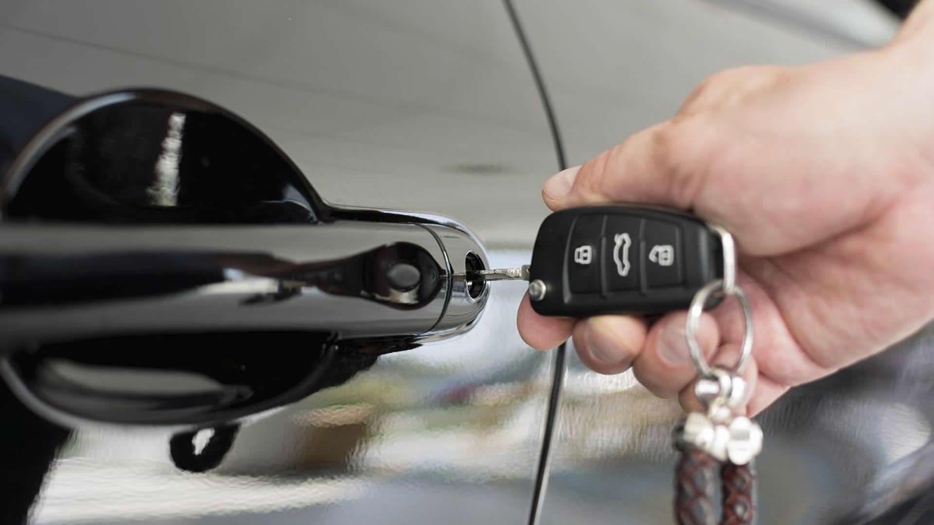 Car key Replacement Service Orlando Auto locksmith