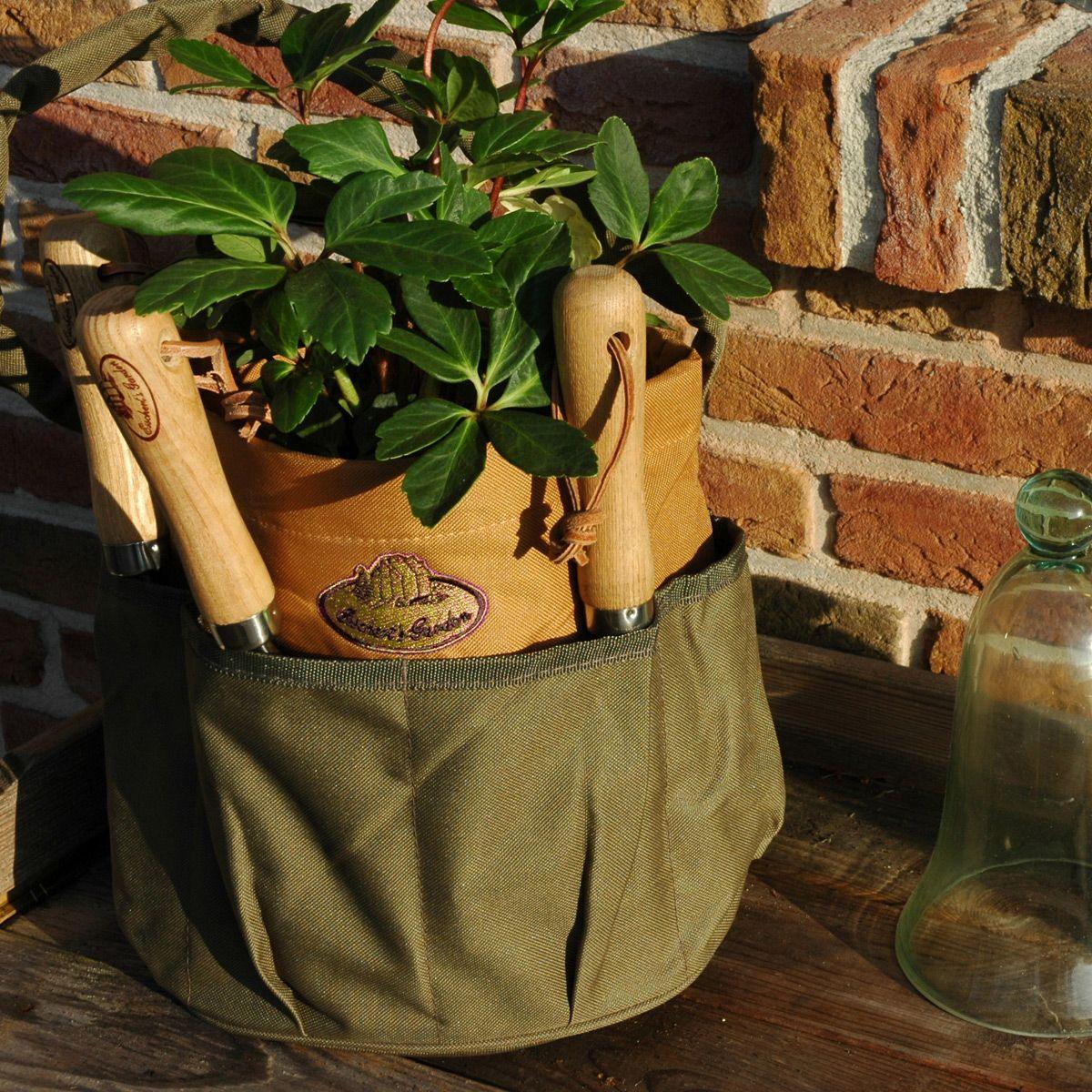 Praktische Tasche zum Transportieren von Gartenwerkzeug. #design3000 ...