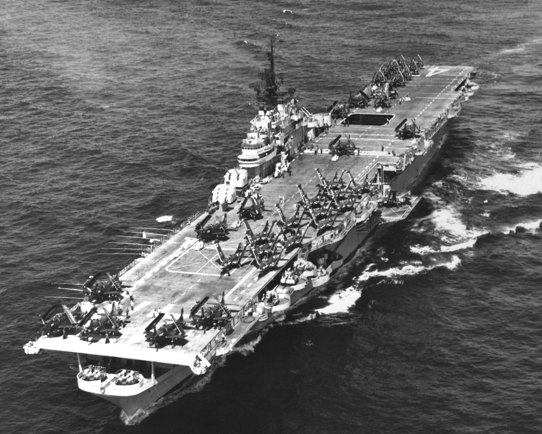 Pin en USS Phillipine Sea CV47