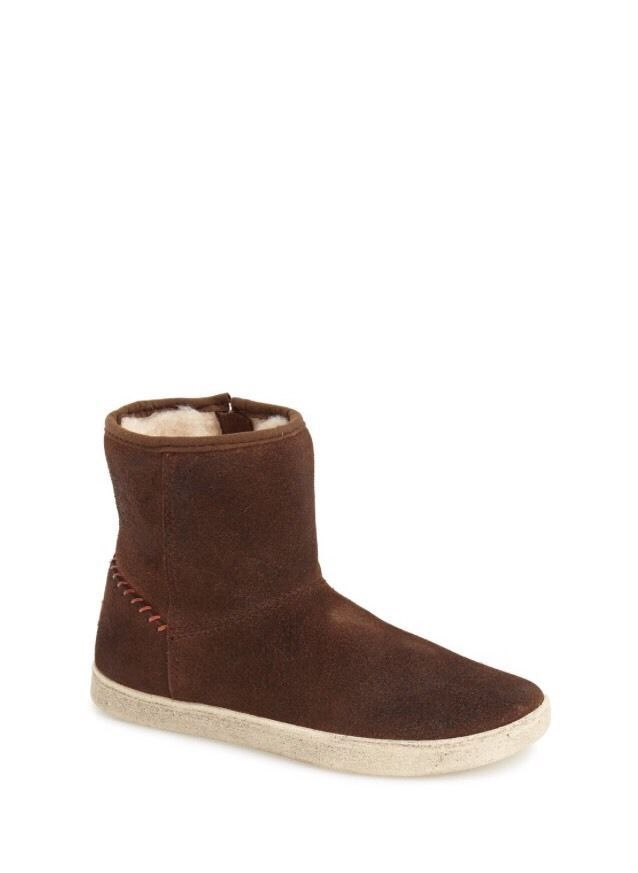 b611e86891c UGG Girls' Brown Rye Boots Size 11 | eBay | Kid's Fashion | Uggs ...