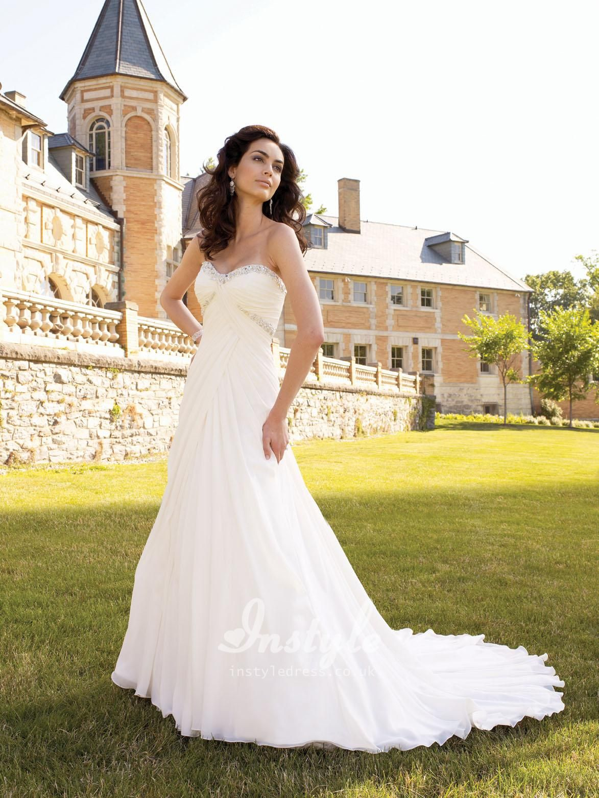Soft chiffon strapless sweetheart empire waist wedding dress uk
