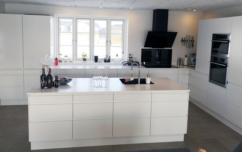 hvid bordplade køkken
