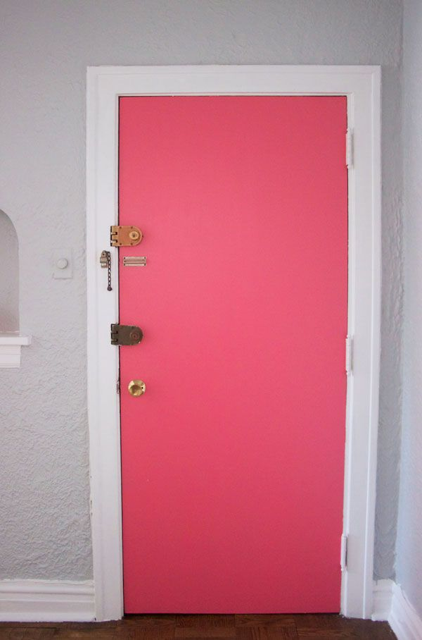 Paint the inside of your front door. color is Behr in watermelon pink Diy Apartment Ideas.