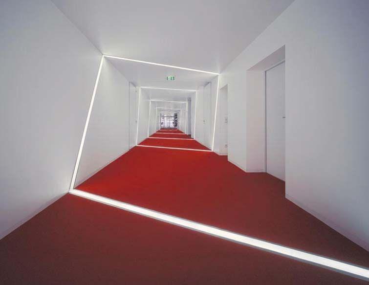 Dise o de iluminaci n en pasillos http www - Iluminacion de pasillos ...