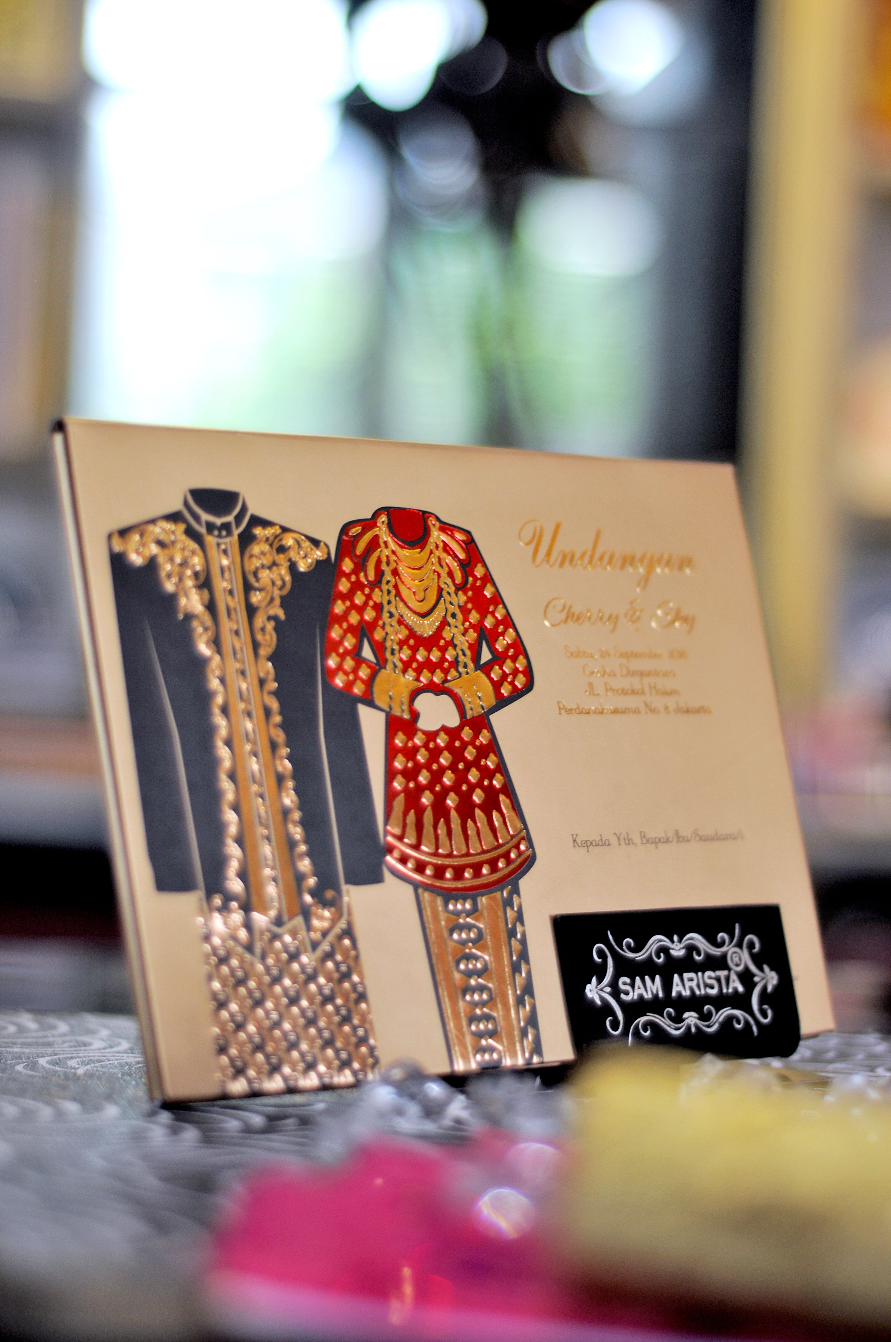 Cita Rasa Nusantara Dalam Wujud Kartu Undangan Pernikahan