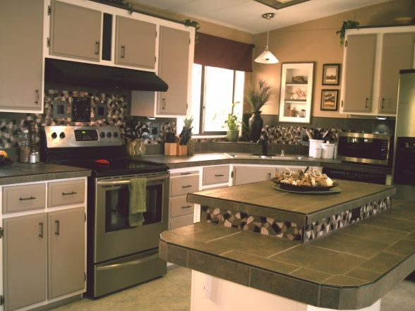Budget kitchen makeover 1984 mobile home didnt want to for Inexpensive kitchen cabinet makeovers