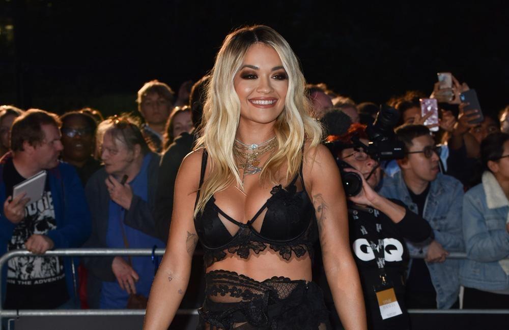 Pin Auf Sexy Dunkelhautige Fotzen Big Tits