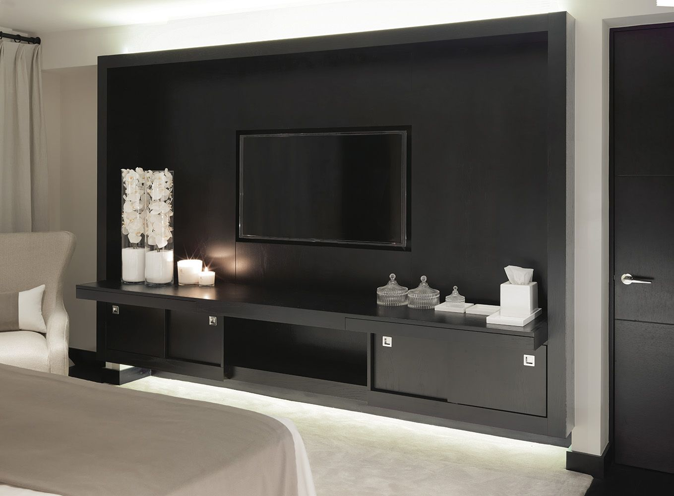 Bedroom media tv wall unit white orchids in tall glass tank bedroom media tv wall unit white orchids in tall glass tank vases taupe and kelly hoppentv reviewsmspy
