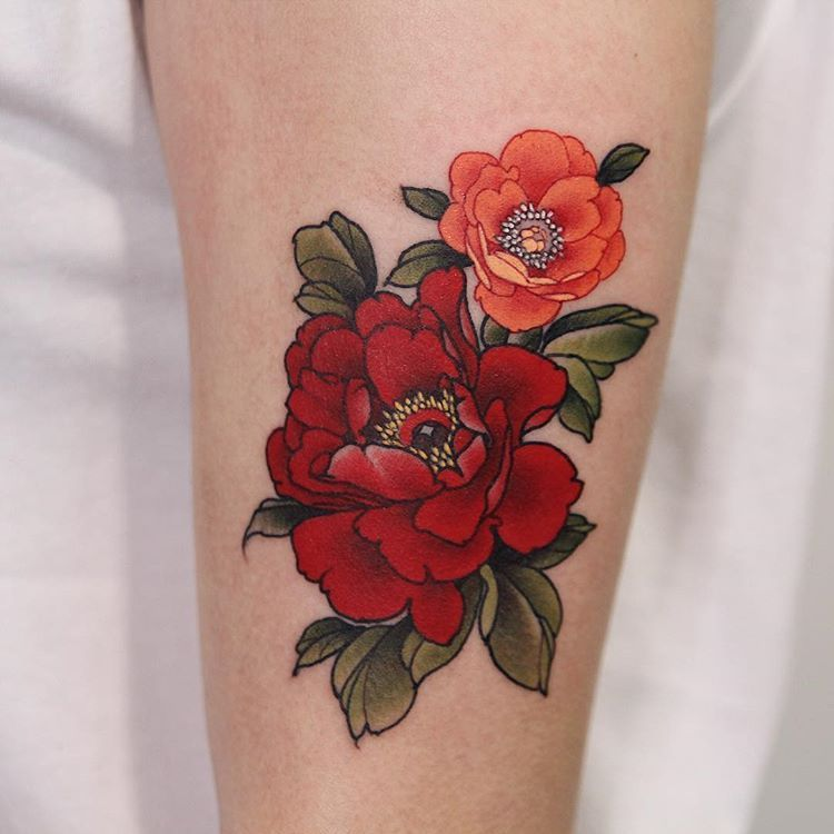 "YUUZ on Instagram: ""Done at @sashatattooingbarcelona  Thanks for coming from Poland.  Yuuz flower on Barbara.  @sunskintattoo #sunskintattoomachines…"""