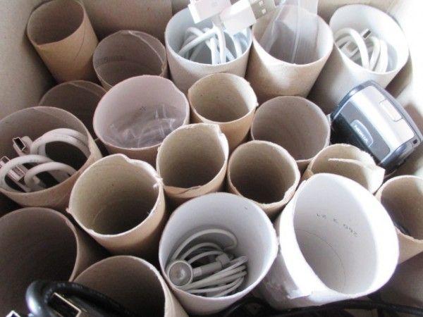 upcycle me die inspirationsplattform f r upcycling ideenkabelsortierer aus klopapierrollen. Black Bedroom Furniture Sets. Home Design Ideas