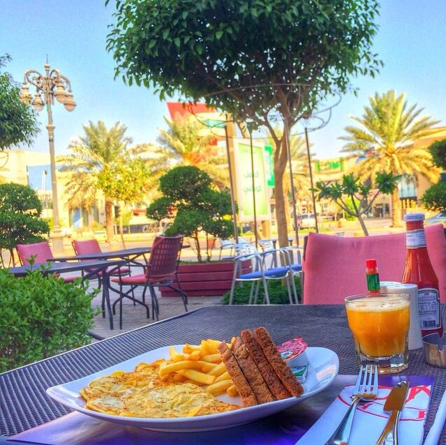 صباح الخير Khaled889 كان كافيه الرياض Can Cafe Riyadh مين جربه وايش احلى مطاعم فطور في الرياض سؤال مطعم لا Alcoholic Drinks Good Food Food