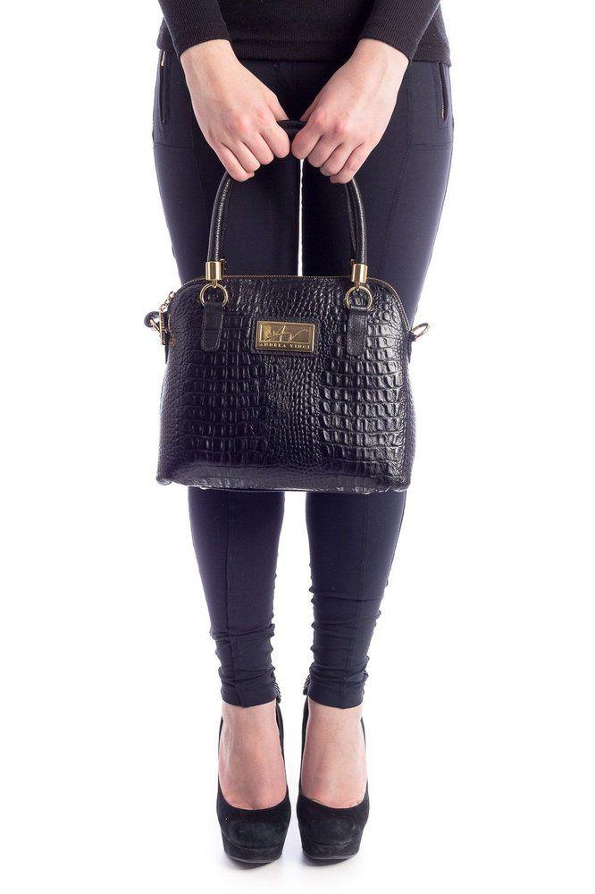 cef728b422795 Bolsa pequena de mão em couro Andrea Vinci preta - Enluaze - Bolsas,  mochilas,
