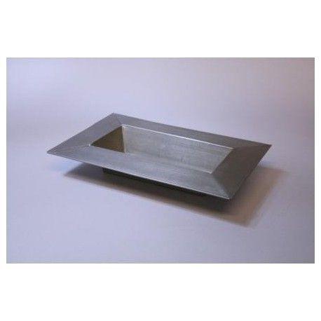 Schaal titanium-look 21 cm https://www.bissfloral.nl/blog/2016/09/28/schaal-titanium-look-21-cm/