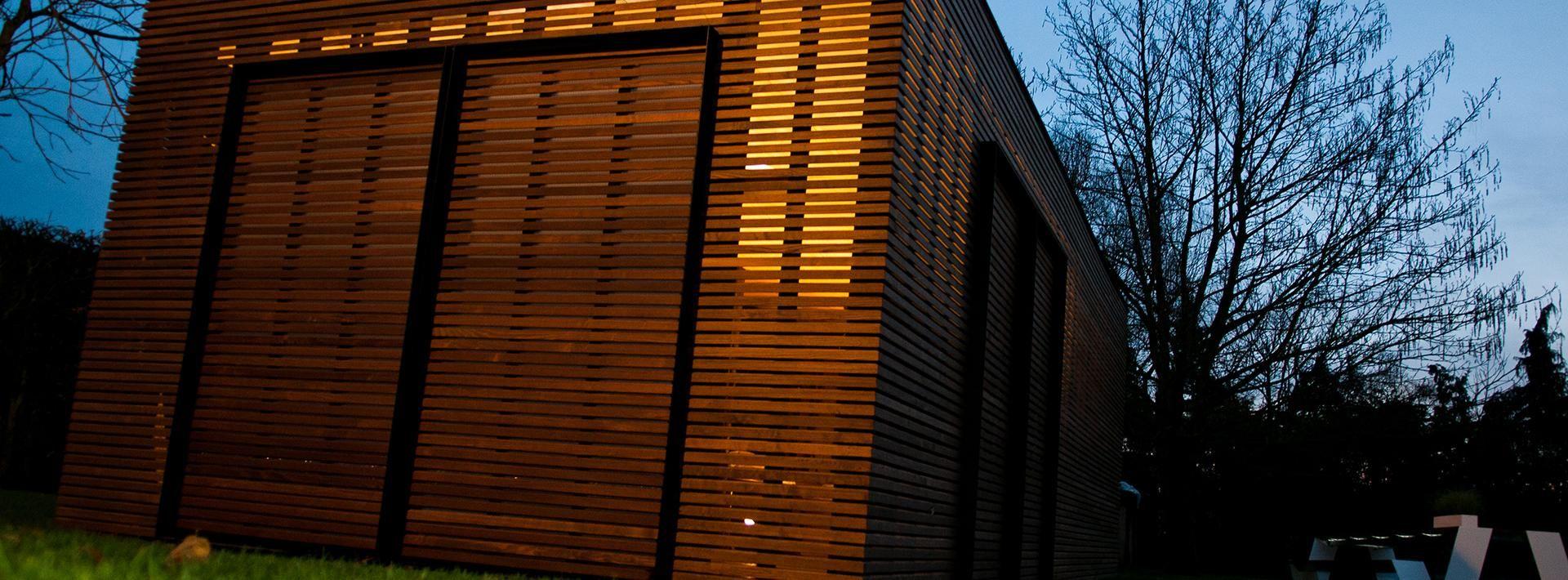 Moderne Gartenhäuser nach Maß Livinlodge (met
