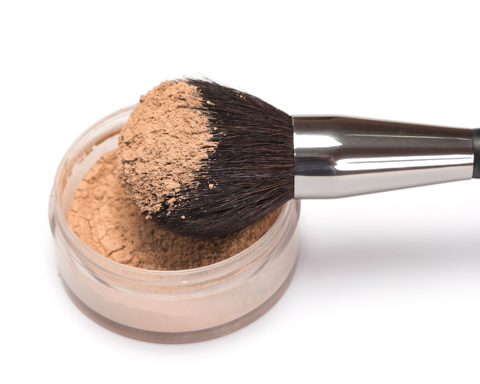 The 8 Best Finishing Powders That Blur the Skin Without