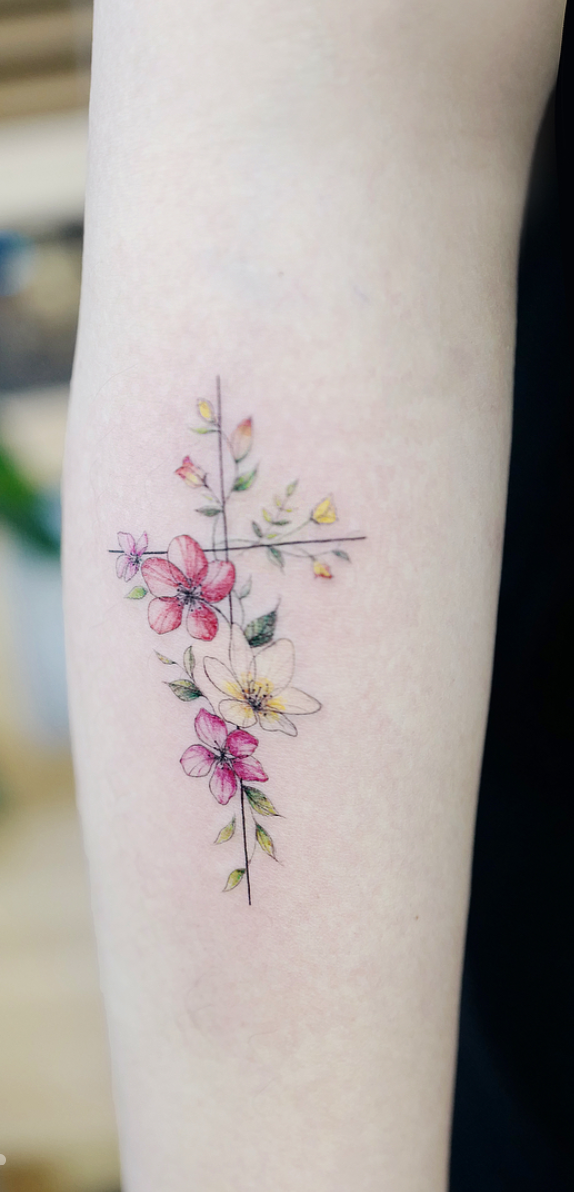 3b560001c minimalist flower tattoos according to your personality | tiny ...