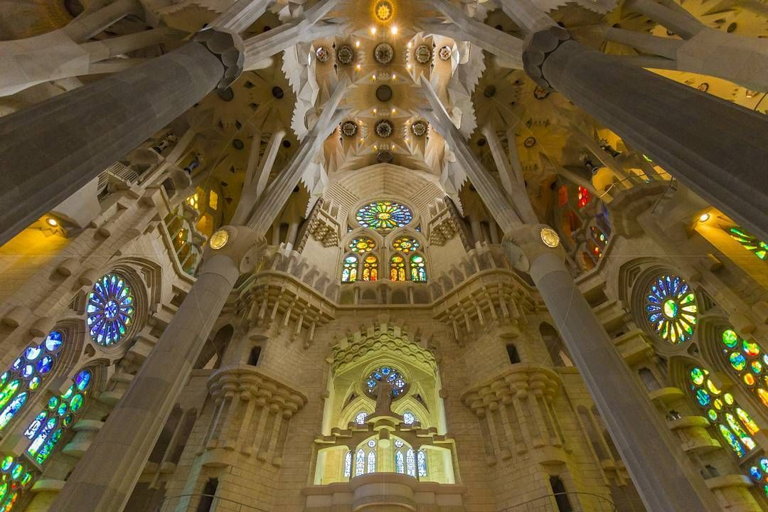 Basílica i Temple Expiatori de la Sagrada Família Barcelona Catalonia Spain  www.alamy.com/image-details-popup.asp?ARef=G08G7E  #barcelona #spain #familia #sagrada #church #gaudi #europe #architecture #landmark #travel #famous #building #catalonia #monument #catalan #cathedral #spanish #religion #catholic #tourism #gothic #art #antoni #history #construction #roman #christianity #stone #modern #beautiful