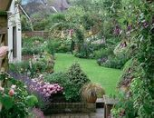 44 Brilliant French Country Garden Decor Ideas Close to nature or as a meeting point we present two design ideas that turn an unsightly front garden into a jewel  includi...