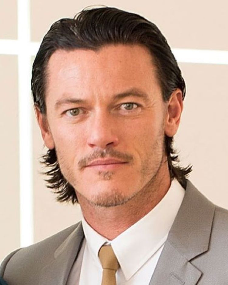 The most beautiful man in the galaxy ❤️ #LukeEvans #sexiestman #gorgeous