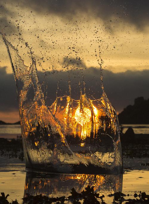 The beauty of water and sun . Die Schönheit von Wasser und Sonne