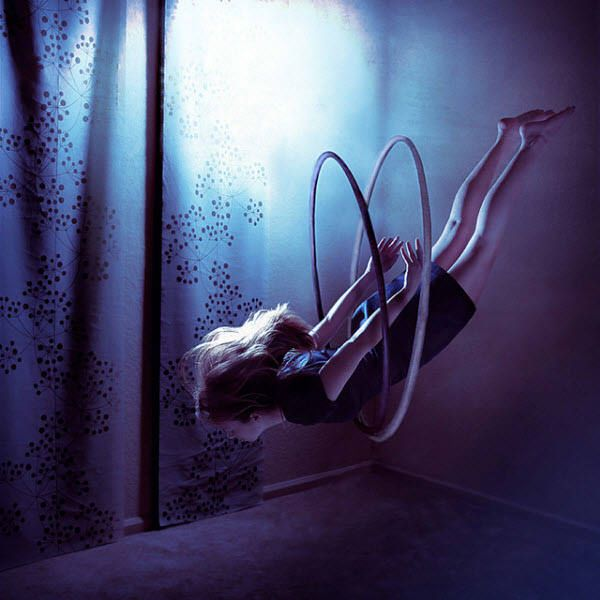Terra Kate Tells Beautiful Stories With Her Staged Photography In Fantasy World She Lets Bodies Levitate Humans Are Trapped Huge Spiderwebs Or T