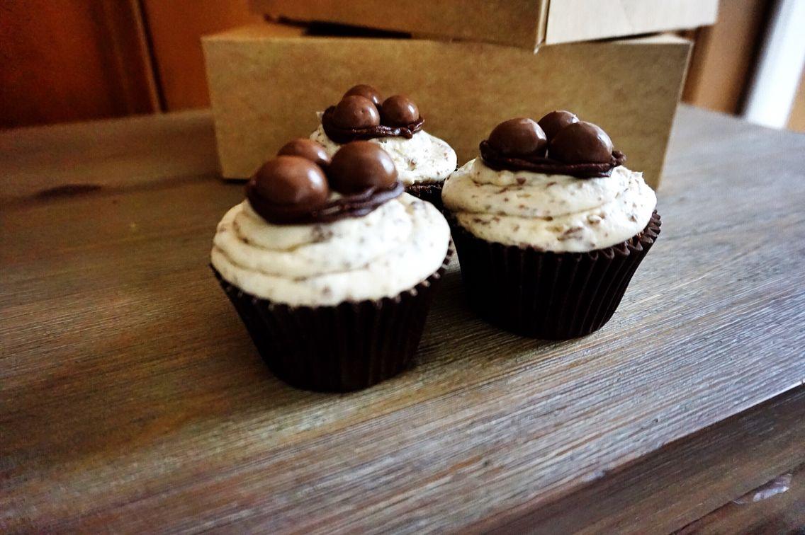 The Ultimate Malt-Teaser Malteser Cupcake