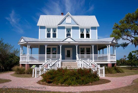 in defense of blue homes - Big Blue House