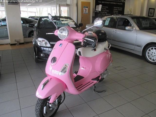 PIAGGIO VESPA 48 cc LX 50 - http://motorcyclesforsalex.com/piaggio-vespa-48-cc-lx-50/