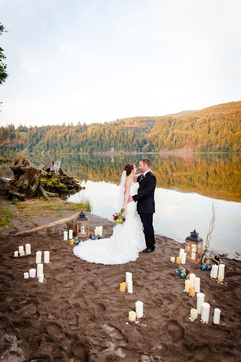 Garden and river front wedding venue in washington state