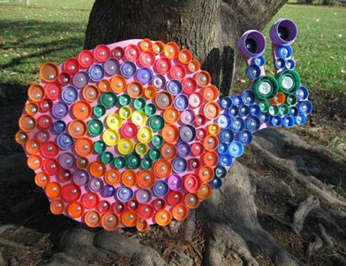 snail made from bottle lids #recycledcrafts