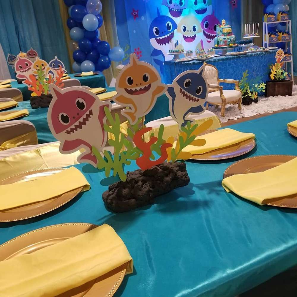 Baby shark Birthday Party Ideas (With images) Shark