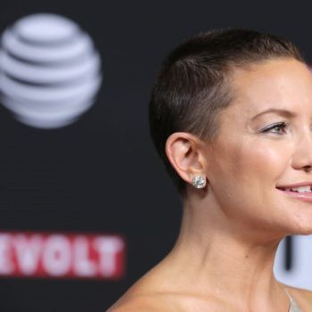 Kate Hudson S Shaved Head Has Grown Out Into An Adorable Pixie Haircut Growing Out Hair Pixie Haircut Shaved Head