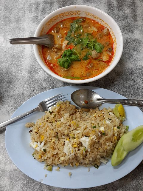 Restaurant 8 - Paa ( ข้าวผัดปู ห้าแยก ณ ระนอง) | Flickr - Photo Sharing!  #thailand #photography #travel #food #thaifood