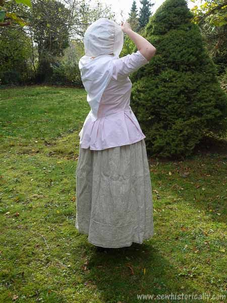 18th Century Working Woman Outfit