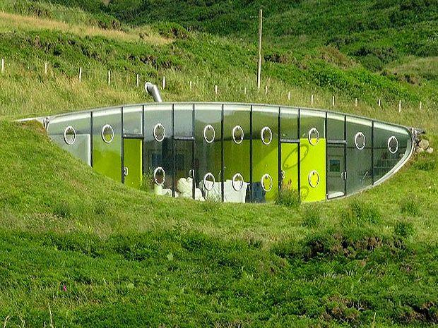 地中に潜る 近未来的な秘密基地 Malator 画像あり 隠れ家