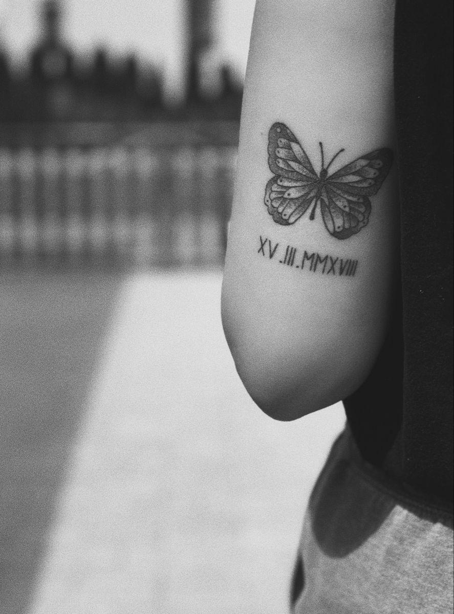 #tattoo #tattooideas #butterfly #butterflytattoo #arm #tattoosforwomen #inked #womanslook #tattoodesign #tattooart