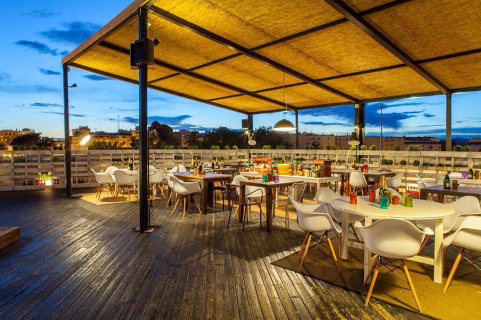 Decoraci n arquitectura terraza restaurante for Sofa exterior terraza