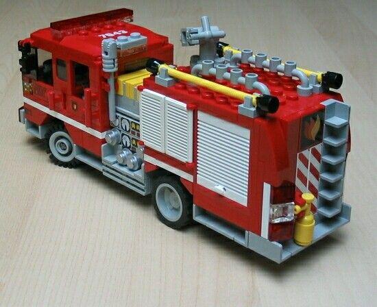 Firetruck 3 3 Jpg Lego Fahrzeuge Lego Feuerwehr Feuerwehrauto