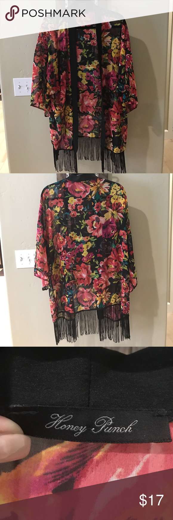 Light weight floral kimono Light weight floral kimono, great condition Honey Punch Tops