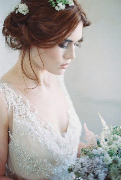 16 Beautiful Bridal Portrait Poses Indoors And How To Get Them!