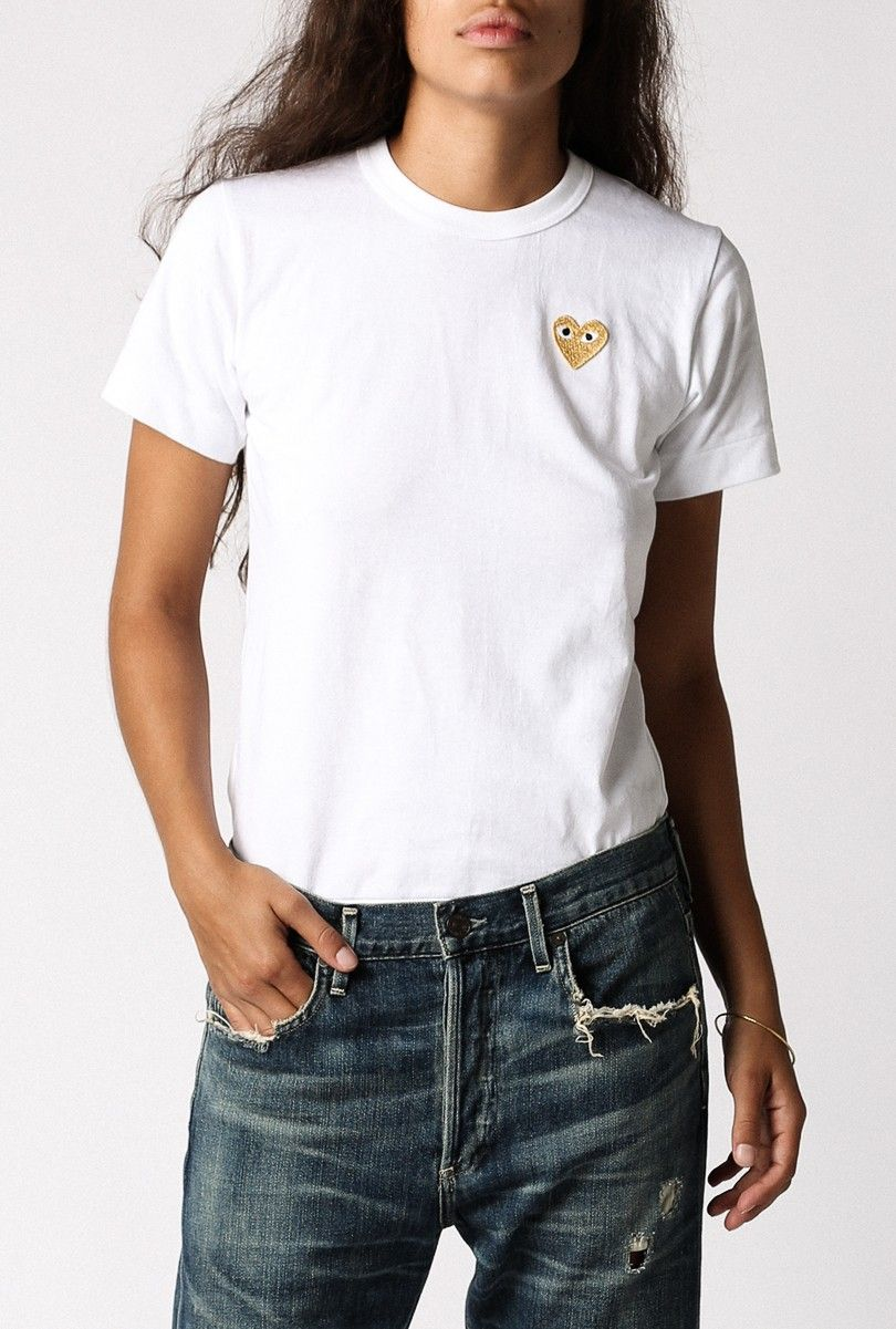 a49ff825d421 Comme des Garcons Play  Play T-Shirt Gold Emblem