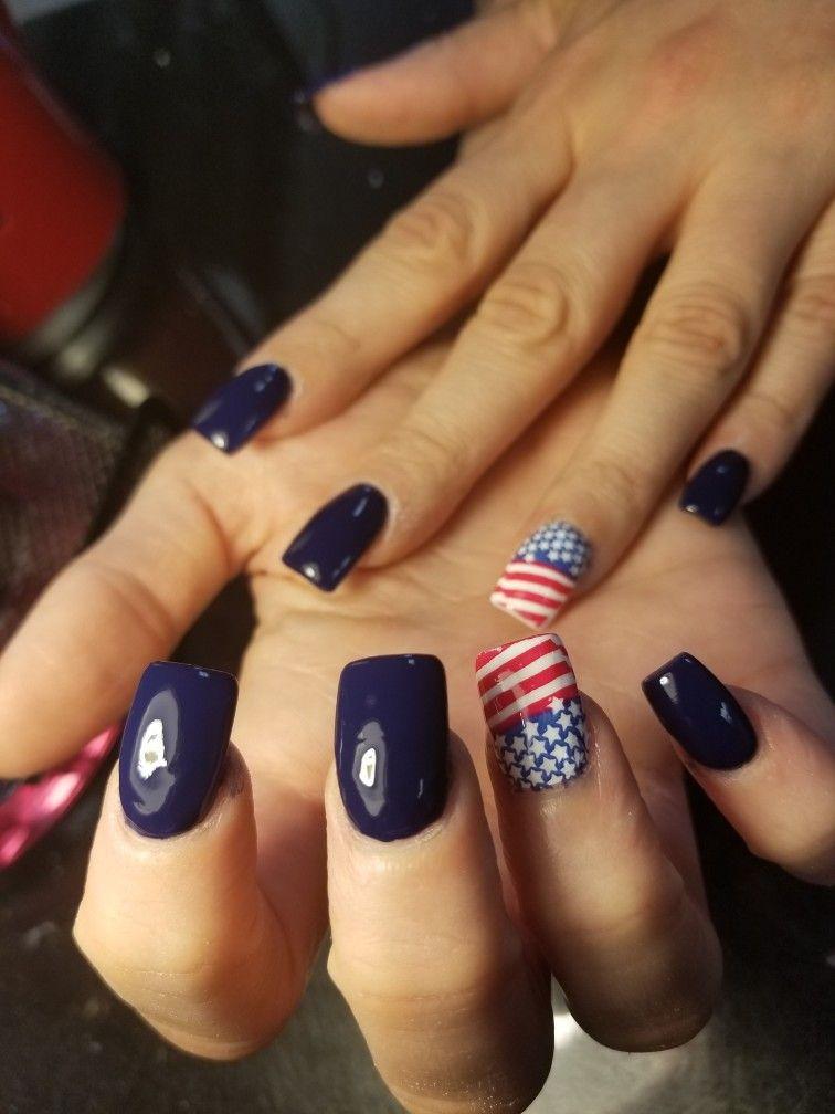 Perfect 4th Of July Holiday Nails July Americanflag Navy Holiday Nails Nails Holiday Nails Christmas
