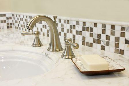 Thin Strip Of Glass Tile As A Bathroom Vanity Backsplash Vanity