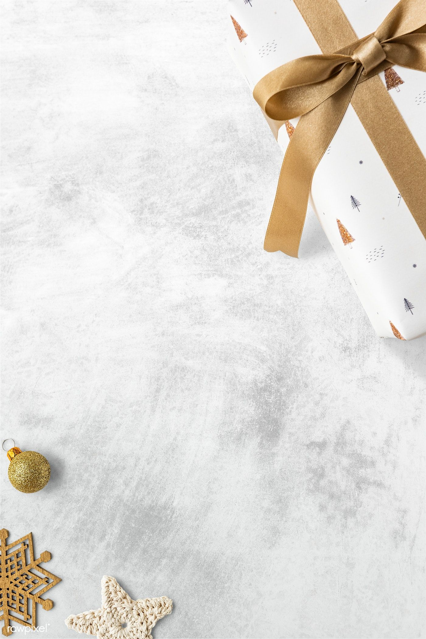 Download Premium Image Of Blank Festive Christmas Ornament Frame