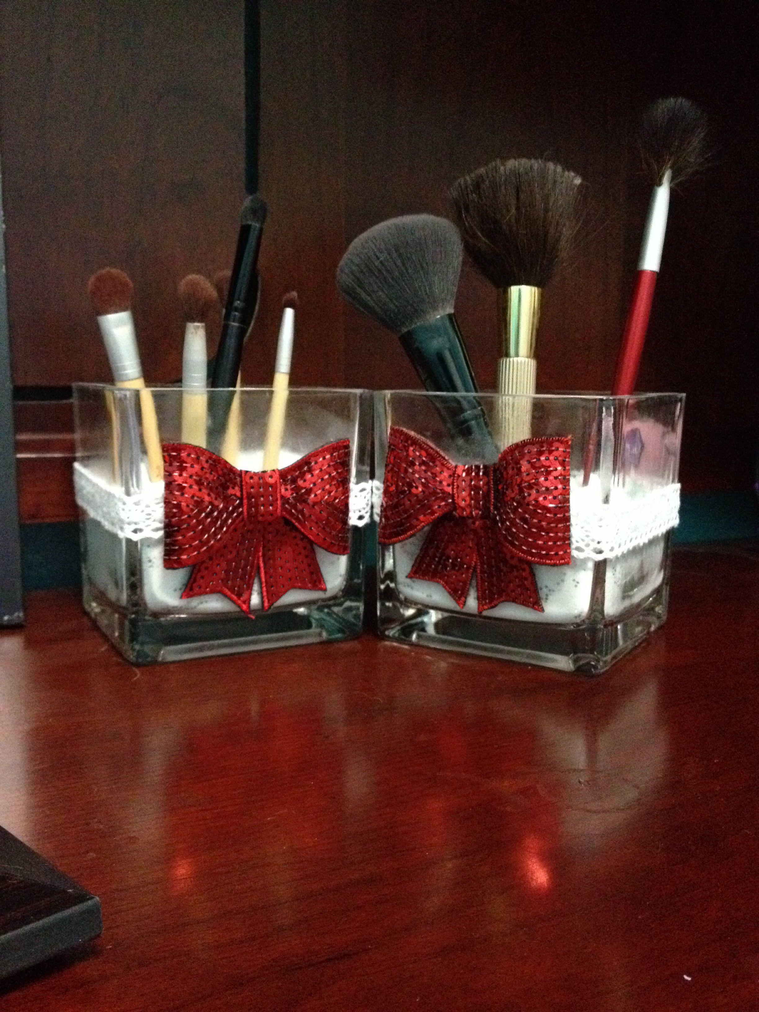 Brush vases. Tooo cute and easy to make ) Makeup