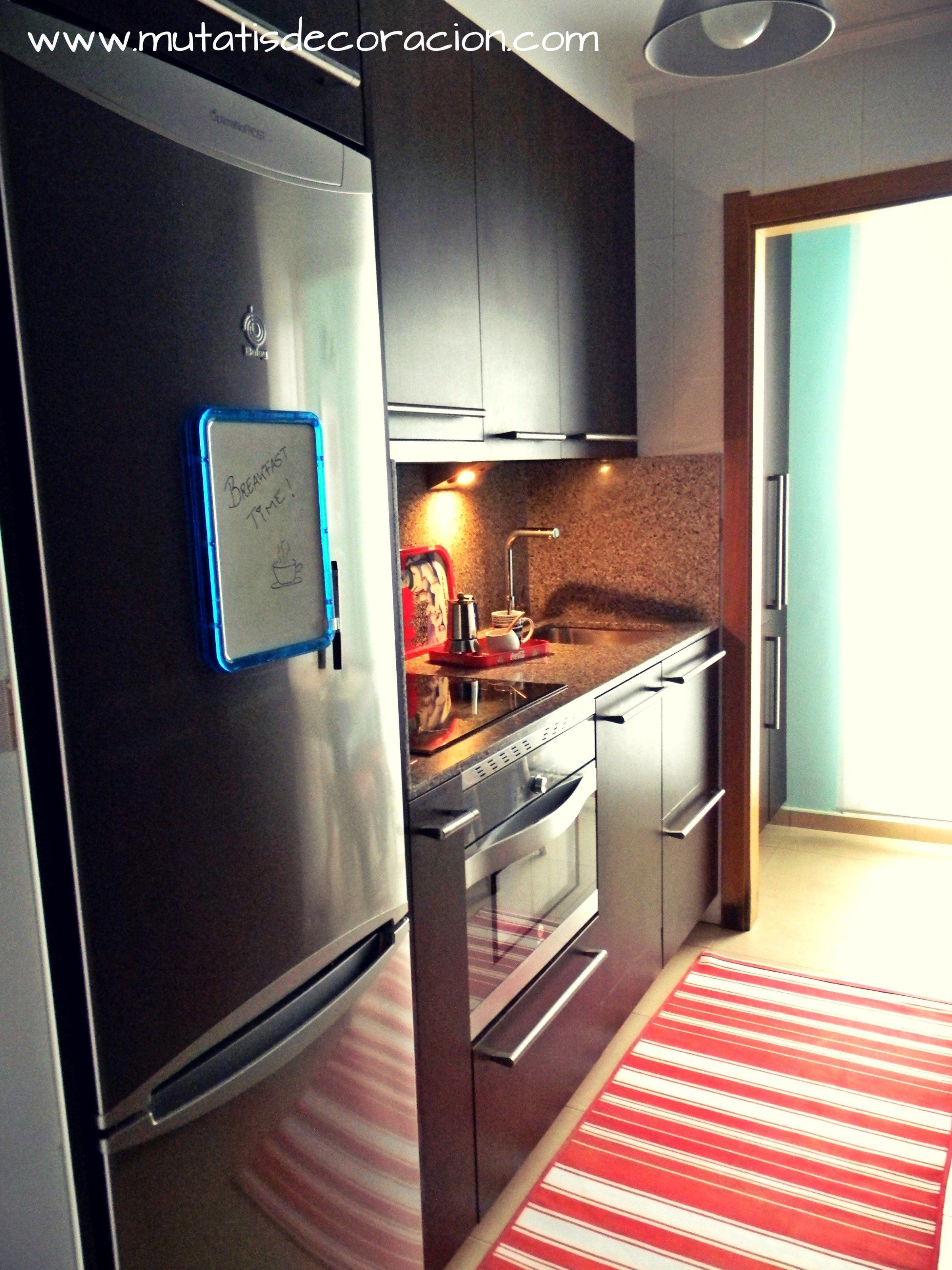 Cómo decorar una cocina pequeña. Ejemplo práctico.  Mini cocina