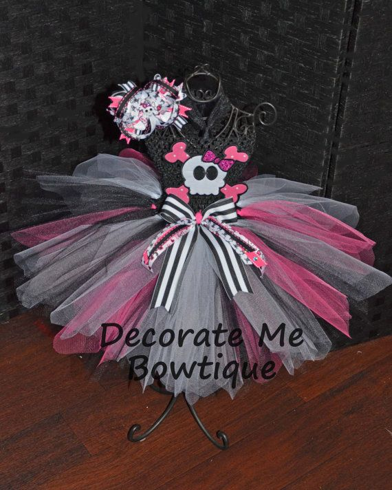Diva Pirate Tutu by Decoratemebowtique on Etsy, $45.00