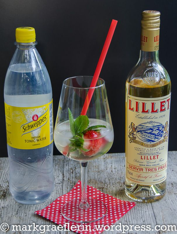 Photo of Summery fruity cocktail: Lillet Vive